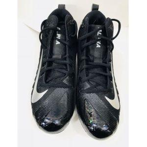 Nike Alpha Menace Pro Mid FNL Football Cleats